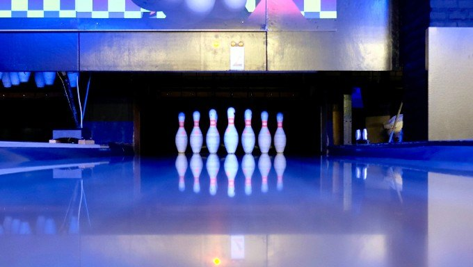 Bowlero Bowling Centers Team Up with Sports Betting Platform