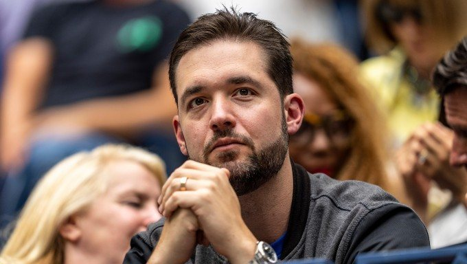 Reddit Founder Ohanian Backs Social Media Sports Betting App