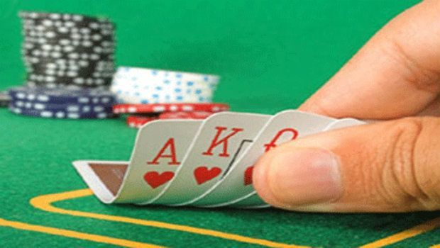 Switching from Hold'em to Stud: Basic Strategy Considerations
