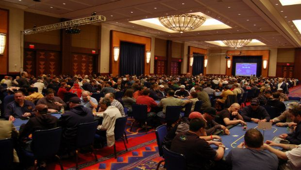 Poker Tournaments: Winning Long-Term in the Tournament Circuit