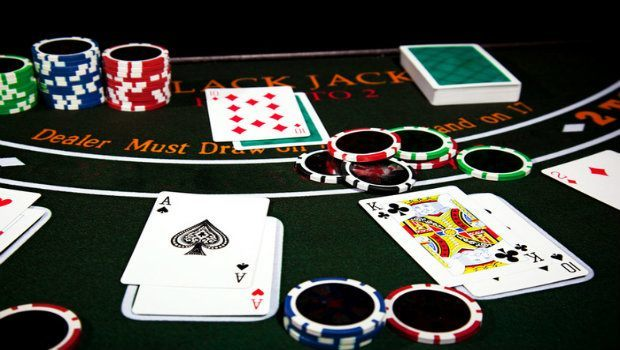 6 Blackjack Myths to Avoid