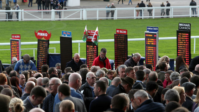 Horse Racing Betting Strategy: Placepots Explained
