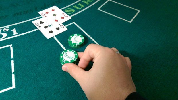 Blackjack Strategy: When to Double Down