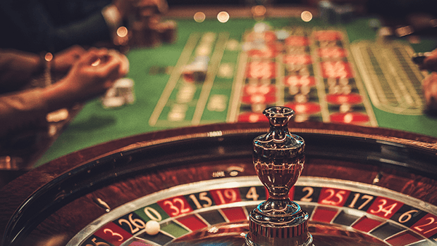 Roulette Strategy: A Beginner's Guide to Playing the Odds