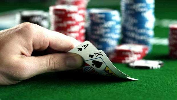Understanding Texas Hold'em Poker Starting Hand Odds: Effective Pre-Flop Play