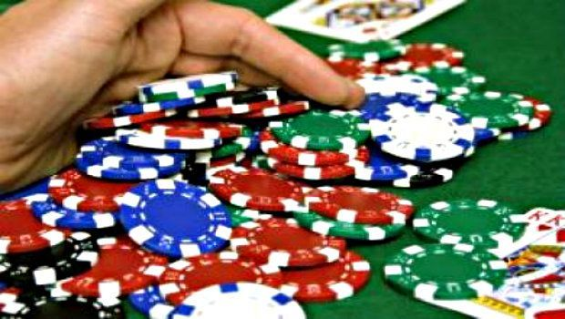 Advanced Poker Strategy: Controlling the Pot