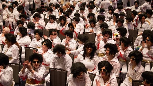 Most Elvis Presley impersonators in one place