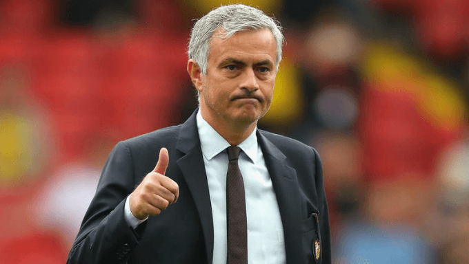 Experts' Top Betting Tips for Man United v Liverpool Clash