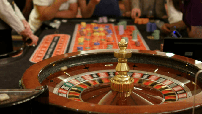 Real Life Roulette Tables Now Featured During Online Play