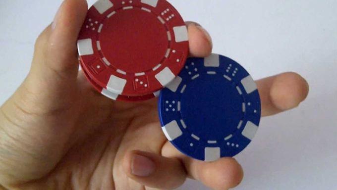 Lär dig coola poker chip tricks