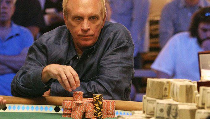 Pokerin psykologia: näin psyykkaat muut pelaajat
