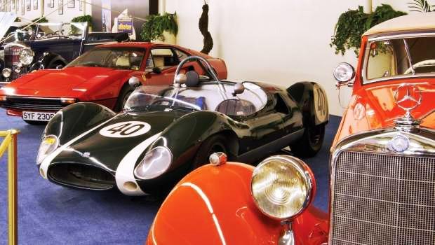 Ausstellung der Luxusfahrzeuge