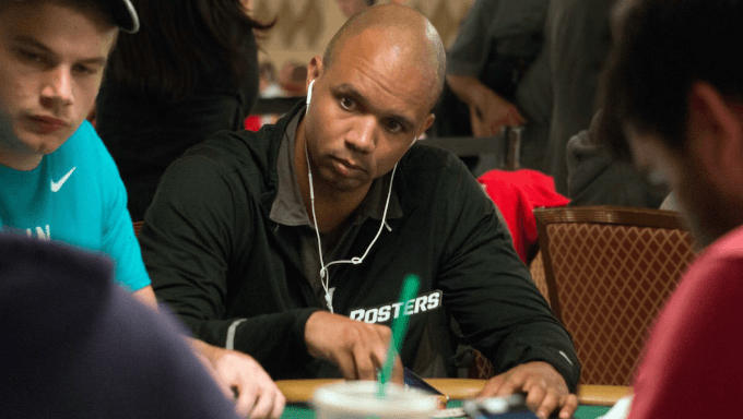 Phil Ivey Returns to WSOP to Take Part in $100K High Roller