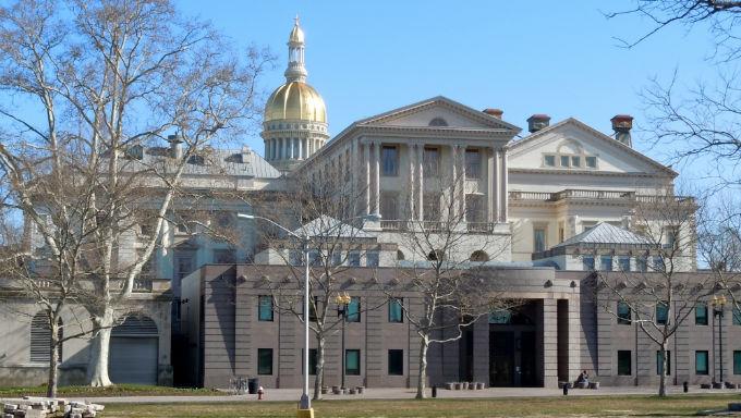 New Jersey Sports Gambling Bill Passes, Awaits Governor