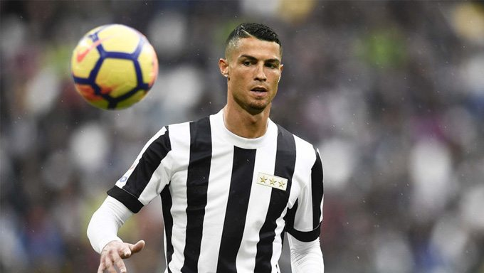 Ronaldo alla Juve: domani la firma