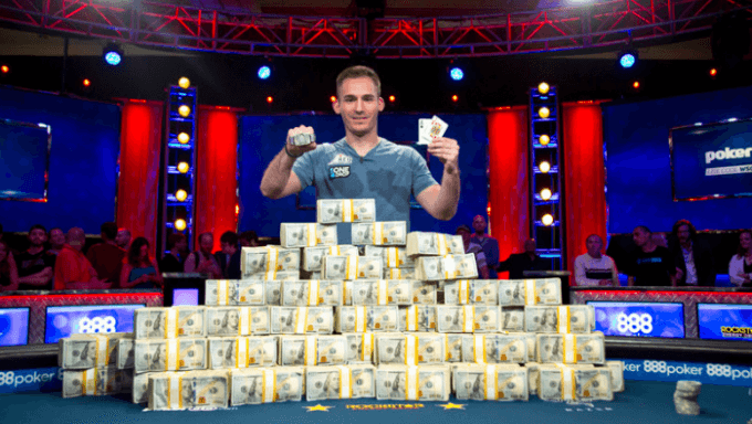 Justin Bonomo Becomes Winningest Poker Player Ever