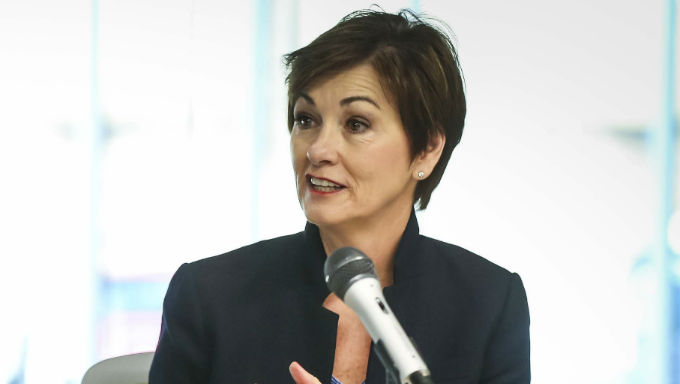 Iowa Gubernatorial Candidates Remain Mum on Sports Betting