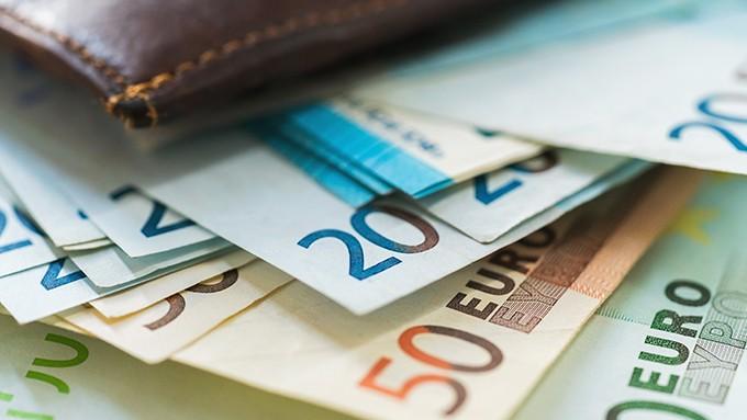 Portemonnaie mit Geld