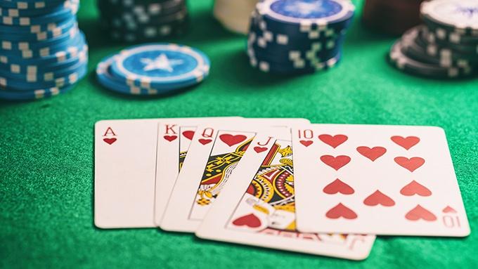 Poker Karten und Chips