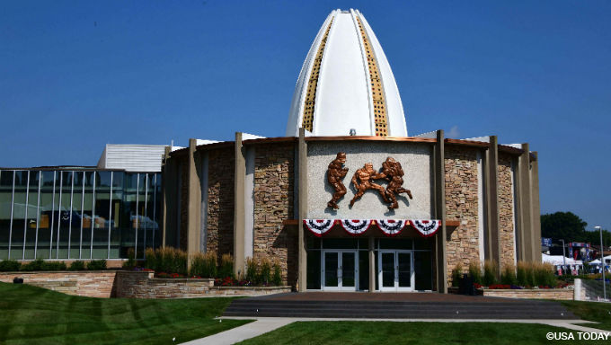Pro Football Hall of Fame Agrees to Fantasy Sports Concept