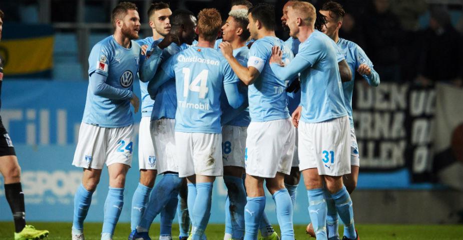 Malmö har chansen att koppla ett grepp om ligan i Göteborg