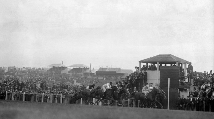 The finish of the 1913 Epsom Derby, won by Aboyeur