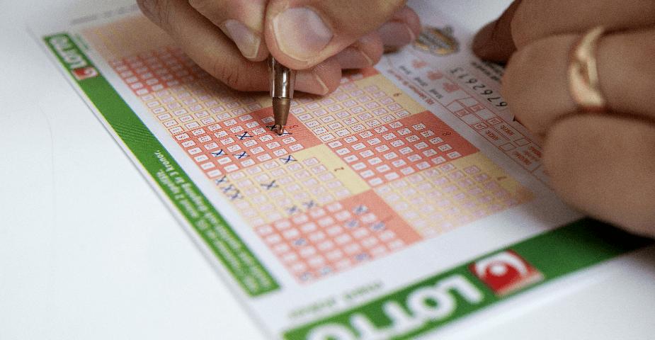 Man från Sjöbo blir Sveriges nyaste lottomiljonär