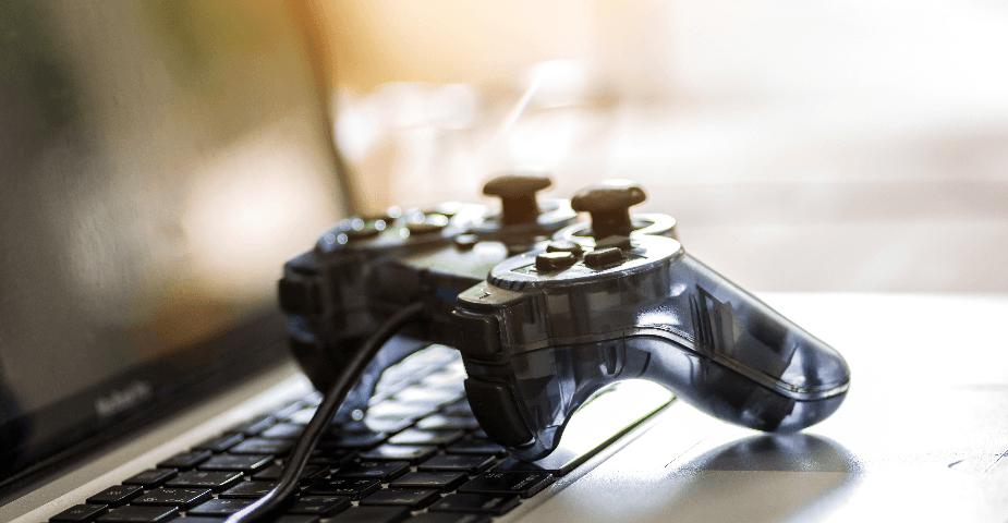 Lootlådor och casinoliknande inslag i videospel väcker debatt
