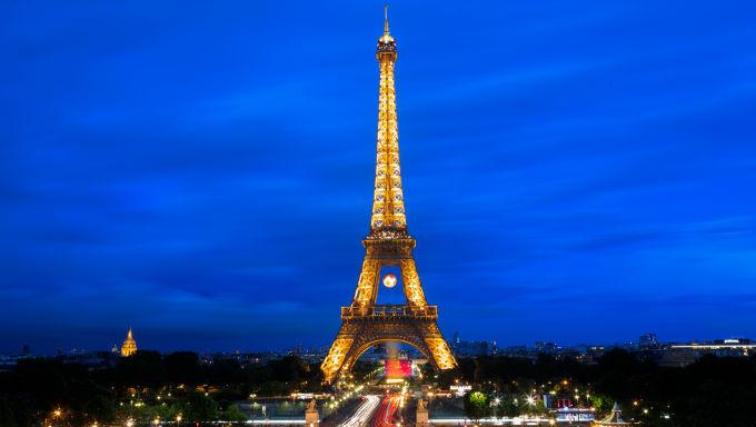 Legendary Paris Poker Venue The Aviation Club To Re-Open