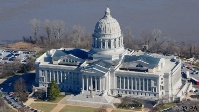 Missouri Sports Betting Hopes Bolstered by Committee Report