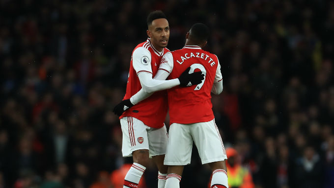 Should Arsenal Drop Lacazette When Aubameyang Returns?