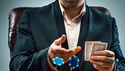 Pokerstrategi: När och hur lönar det sig att bluffa i poker?