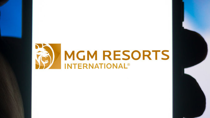 MGM Resorts will receive $ 1 billion from IAC for 12% of the company
