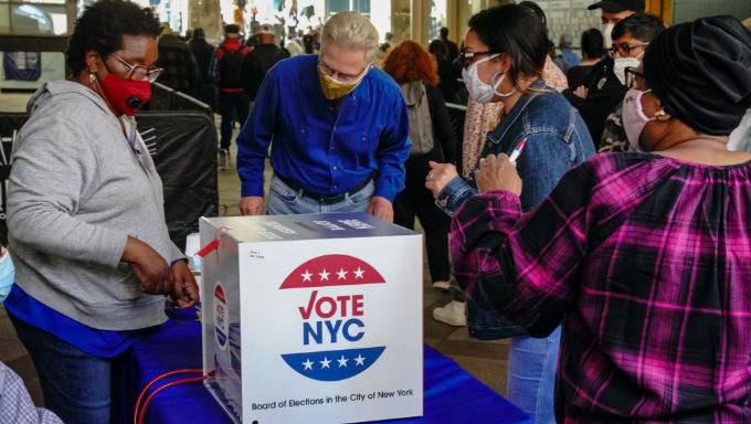 Presidential Election Odds Hint At Record Turnout